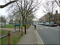 TQ2576 : Putney Bridge to Parsons Green and back via Hurlingham (70) by Basher Eyre