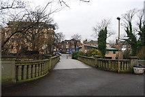 NT2273 : Bridge over the Water of Leith, Roseburn by N Chadwick