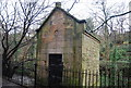 NT2474 : Wellhead by the Water of Leith by N Chadwick