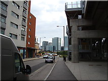 TQ3880 : View of Canary Wharf from Blackwall Way by Robert Lamb