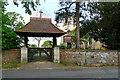 SP8328 : Holy Trinity Church, Drayton Parslow by Cameraman