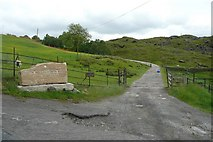 SD9321 : Driveway off Hollingworth Lane, Walsden by Humphrey Bolton