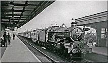 SU5290 : Didcot Station, with a Down express headed by a Steam/Diesel combination by Ben Brooksbank