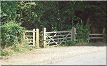 TL7805 : Entrance to Danbury Ridge Nature Trail by Roger Jones
