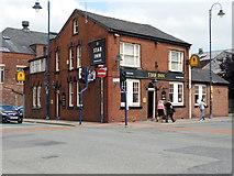 SJ9398 : Star Inn by David Dixon