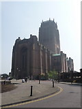 SJ3589 : Liverpool: approaching the Anglican cathedral by Chris Downer