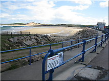 NK0066 : Fraserburgh Esplanade and beach by don cload