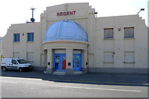 TR3752 : The Regent, Deal by Cameraman