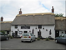 NT9239 : Village  Pub  Rethatched by Martin Dawes