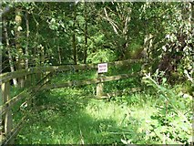 SE0125 : Blocked footpath near Brink Top, Mytholmroyd by Humphrey Bolton
