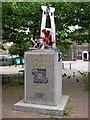 SU6300 : Isambard Kingdom Brunel - Sculpture by Roy Hughes
