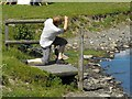 SO3689 : Bishop's Castle Stone Skimming Championship - competitor by Penny Mayes
