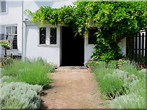 TL8422 : The garden, Paycocke's House, Essex by nick macneill
