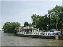 TQ1977 : Kew Pier by Malc McDonald