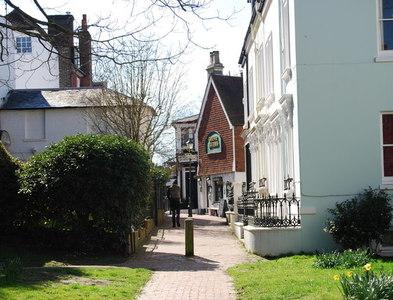 TQ5838 : The Grove Tavern by N Chadwick
