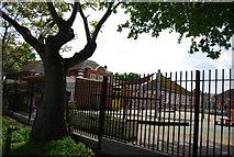 TQ2572 : Wimbledon Park Primary School by N Chadwick