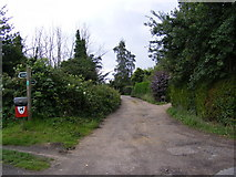 TM4159 : Footpath junction to the A1094 Aldeburgh Road & B1121 Aldeburgh Road by Adrian Cable