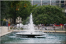 TQ2780 : Fountains at Marble Arch by Bill Boaden