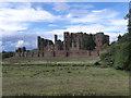 SP2772 : Kenilworth Castle by David Dixon