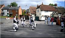 SU3988 : Dancing at The Lamb by Des Blenkinsopp