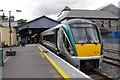 V9790 : Train at Killarney Station by Ian Taylor