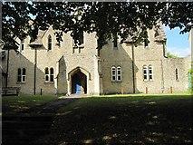SU3987 : The old School entrance by Bill Nicholls