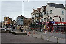 TQ3166 : London Road, Broad Green, Croydon by Peter Trimming