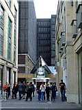 NT2574 : Lane off St Andrew Square by Thomas Nugent
