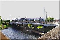 O1233 : LUAS tram crossing the Grand Canal near Dolphin Road, Kilmainham/Cill Mhaighneann, Dublin by P L Chadwick