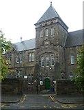 NT2674 : Leith Walk School by kim traynor