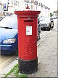 TQ2284 : Edward VII postbox, Hawthorn Road / High Road, NW10 by Mike Quinn