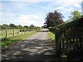 SP2581 : Entrance to Maroheto, Church Lane by Robin Stott