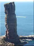 HY1700 : Hoy: the Old Man of Hoy by Chris Downer