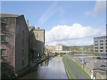 SE1437 : Leeds Liverpool Canal - viewed from Victoria Street by Betty Longbottom