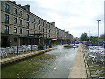 NT2676 : Commercial Quay, Leith by kim traynor