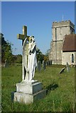 SU4980 : Memorial angel in St Mary's churchyard by Fly