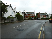 SP9024 : Approaching the junction of Southcourt Road and Southcourt Avenue by Basher Eyre