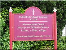 TQ8833 : Signboard, Tenterden by Maigheach-gheal