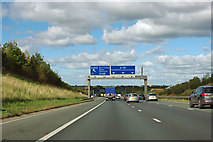 SE3964 : A1(M) approaching junction 48 by Robin Webster