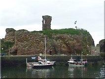 NT6779 : Ruins of Dunbar Castle by kim traynor