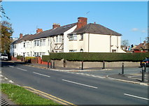 ST3186 : Newport : Mendalgief Road houses between Robert Close and Arthur Street by Jaggery