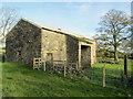 SD8251 : Bank Close Laithe by Chris Heaton