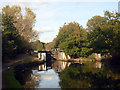 TQ1777 : Approach to Clitheroe's Lock, Grand Union Canal by Jim Osley