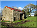 SD8352 : Stone Barn off Paa Lane by Chris Heaton