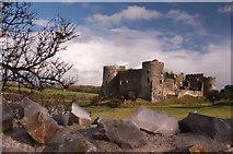 SN0403 : Carew Castle by Mick Lobb