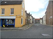 NT9953 : Looking onto Railway Street, Berwick upon Tweed by nick macneill