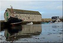 HU4741 : Hay's Dock by Robert W Watt