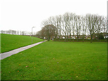 SU6050 : Path through Stratton Park by Given Up