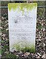 SU1429 : Cycleway marker by Jonathan Kington