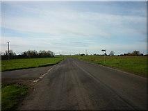 ST7483 : Horton Road at Sodbury Common by Ian S